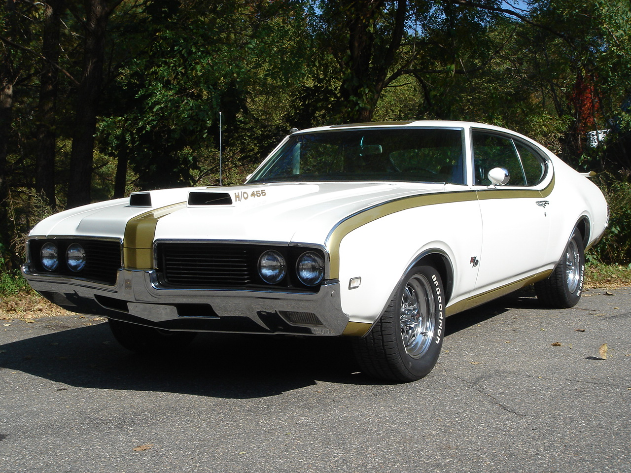 The Top 40 Classic Muscle Cars in History, Ranked - Page ...