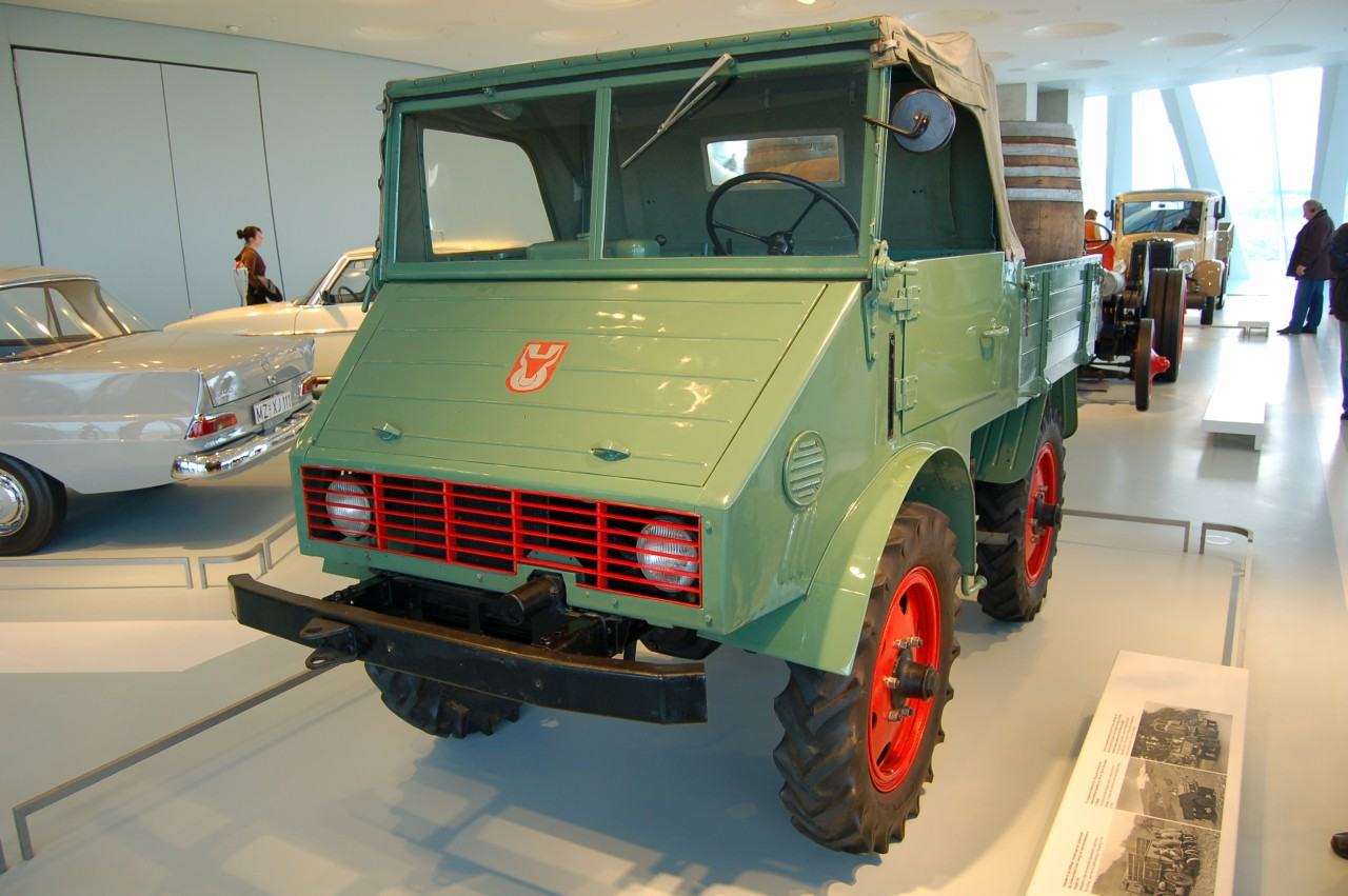 The Unimog Prototype with the Ox horn logo Photo: wiki