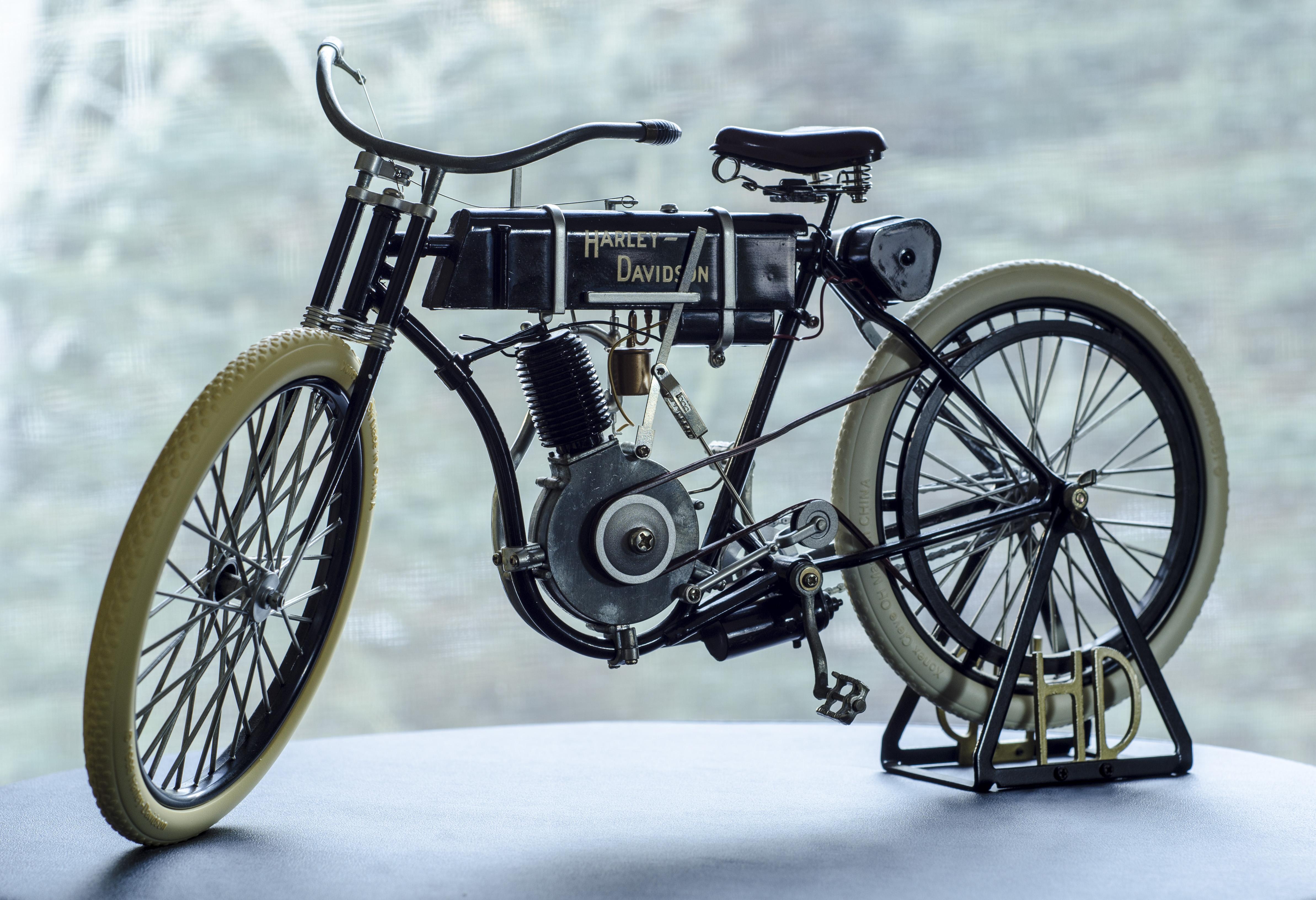 1903 Harley Davidson Photo: free-soft