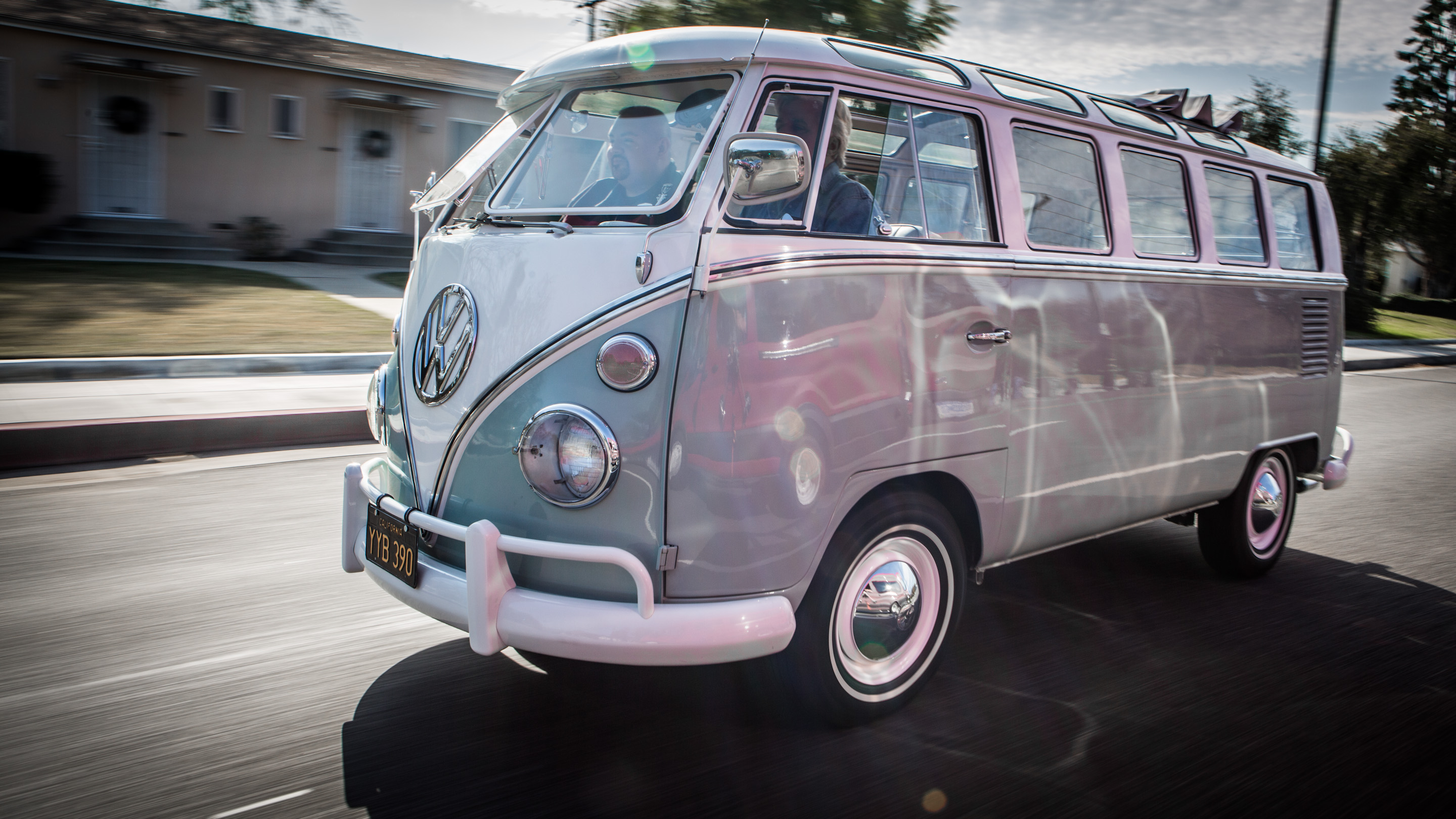 Awesome Video Of A Killer 1966 Volkswagen Samba Bus