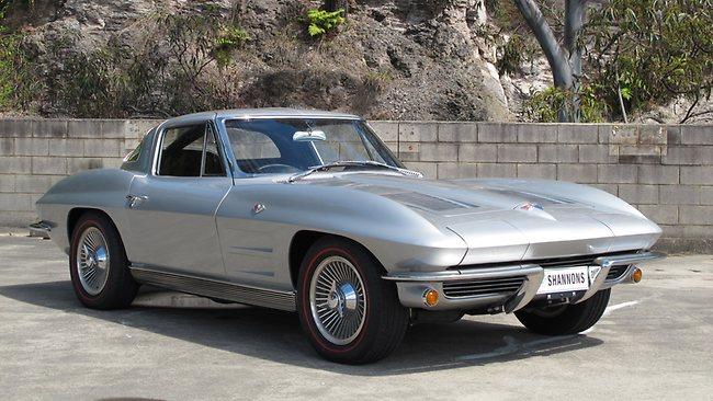 799957-131017-chevrolet-corvette-stingray