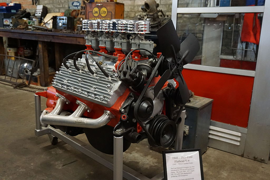 1949-1953 Flathead V8 Photo: wiki