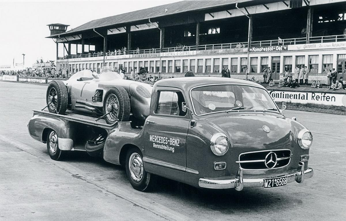 Mercedes Benz 1950's Race Car Transporter
