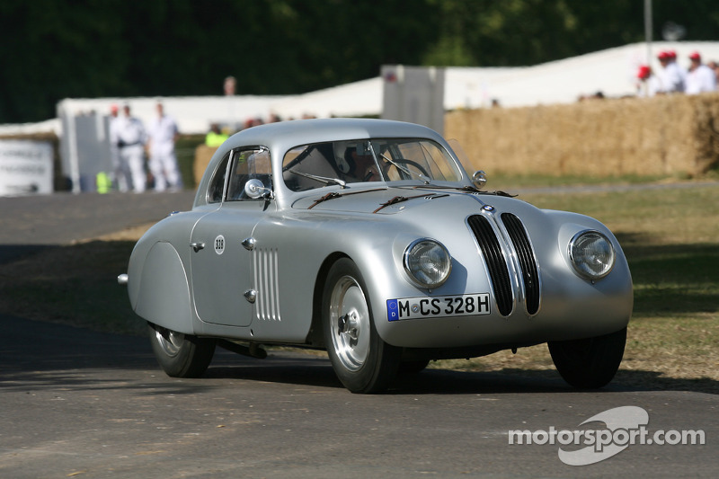 Check Out This Beautiful 1939 BMW 328 Mille Miglia Touring Coupe (Video)