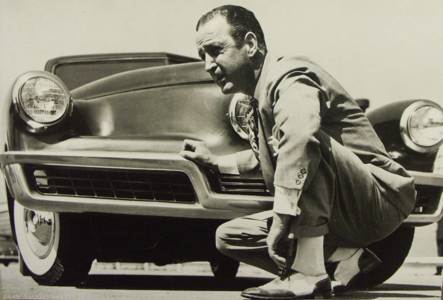 Preston Tucker with his beloved car Photo: wallpapersultra