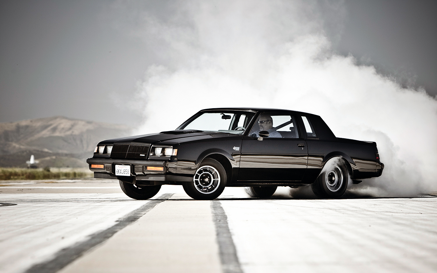 Gotta love a smokey burnout Photo: motortrend