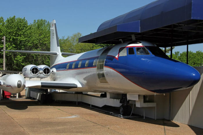 20 Private Jets And The Famous People That Own Them Page