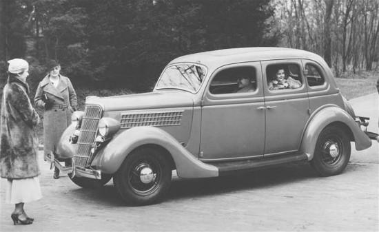 The automobile s slow transformation from windows to total for 1935 ford 4 door sedan