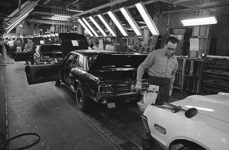 a history of airbags in automobiles Tesla trouvez l'automobile qui vous correspond le a history of airbags in automobiles mieux parmi notre catalogue de vhicules en stock automobiles coups et cabriolets.