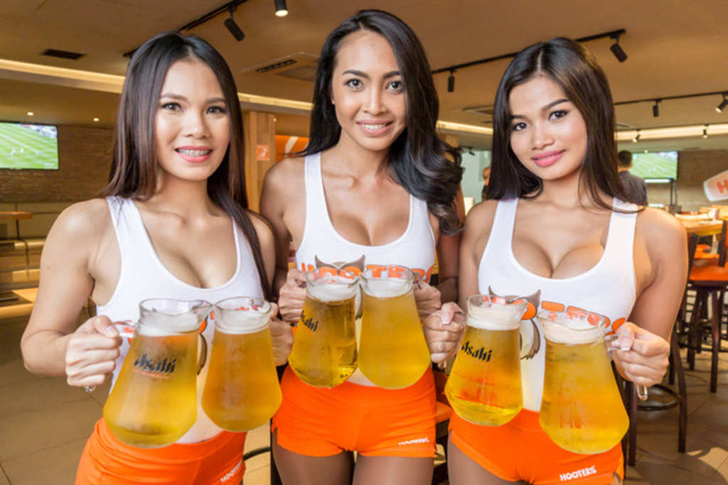 The Best Kind Of Secrets From The Lovely Ladies Of Hooters